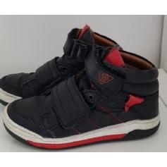 1b6776e03c837 Chaussures Primigi Garçon   articles tendance - Videdressing