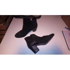 Bottines & low boots à talons Monshowroom  pas cher