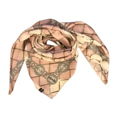 Echarpes   Foulards Chanel Femme neuf   articles luxe - Videdressing af0b5e8ca23