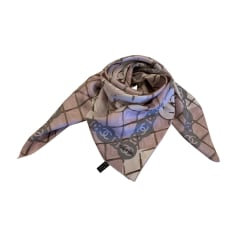 Echarpes   Foulards Chanel Femme   articles luxe - Videdressing 470f52d96d4