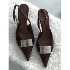 3bc213f6c Sandals Vero Cuoio Women   trendy items - Videdressing