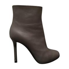Bottines & low boots à talons CHANEL Gris, anthracite