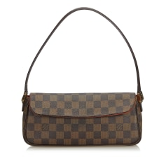 219d4abcc387 Louis Vuitton - Marque Luxe - Videdressing
