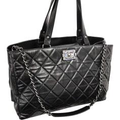 617fe82d4fd Sacs XL en cuir Chanel Femme   articles luxe - Videdressing
