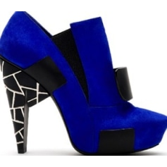 Bottines & low boots à talons RAPHAEL YOUNG Bleu, bleu marine, bleu turquoise
