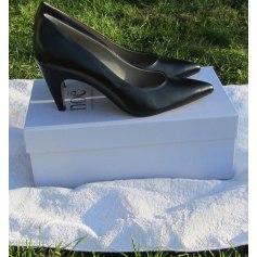 Chaussures Noë Femme   articles tendance - Videdressing ee4c5598b49