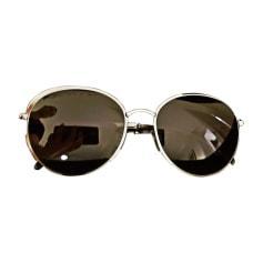 3944d7702ba Lunettes de soleil Chanel Femme   articles luxe - Videdressing
