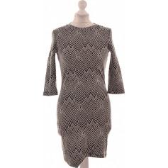 67af56a0418e Robes Mango Femme   articles tendance - Videdressing