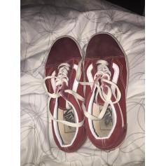 3654fb89dd Chaussures Vans Femme Daim   articles tendance - Videdressing