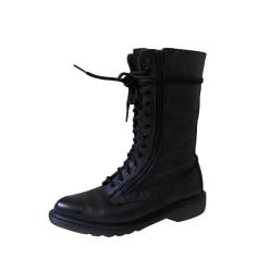 61b0491798f Chaussures Dr. Martens Femme occasion   articles tendance - Videdressing
