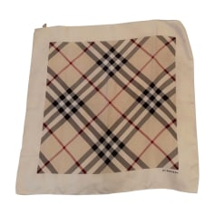 1313ee2dc3a Echarpes   Foulards Burberry Femme Soie   articles luxe - Videdressing
