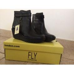 5f335d57bc9ba7 Chaussures Fly London Femme : articles tendance - Videdressing