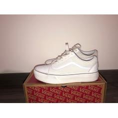 e848622d5a549 Chaussures Vans Femme occasion   articles tendance - Videdressing