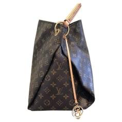 77d34a73e2a Louis Vuitton