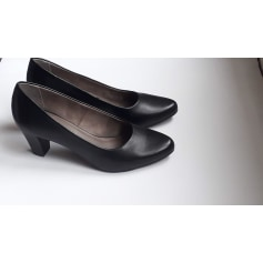 09c272d7501193 Chaussures Tamaris Femme : articles tendance - Videdressing