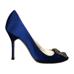 0a2ae04fac8 Chaussures Manolo Blahnik Femme   articles luxe - Videdressing
