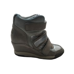 c7099e13572 Chaussures Ash Femme occasion   articles tendance - Videdressing