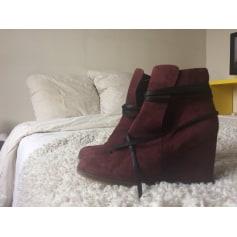 5e02b325d2 Chaussures Galeries Lafayette Femme : articles tendance - Videdressing
