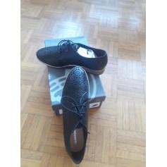 87230ec81e4e8e Chaussures Salamander Femme : articles tendance - Videdressing