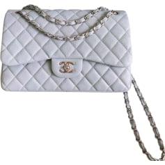 a06073c40c Sacs en bandoulière en cuir Chanel Femme : articles luxe - Videdressing