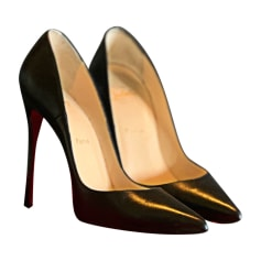 13f32154f9f Chaussures Christian Louboutin Femme occasion   articles luxe ...