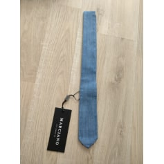 Tie Guess