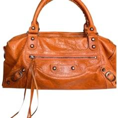 6941c246ac Sacs en bandoulière en cuir Femme de marque & luxe pas cher ...