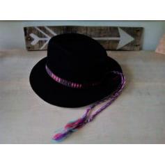 Chapeau amanda love Vintage  pas cher