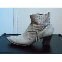 f5bea174a42439 Chaussures Khrio Femme : articles tendance - Videdressing