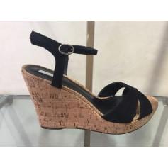 Sandales compensées Schutz  pas cher