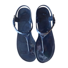 Pieds SandalesNu Videdressing Emporio Armani FemmeArticles Luxe 4jLA5R3q