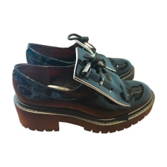 photos officielles 994a0 48fd0 Chaussures Kenzo Femme : Chaussures luxe jusqu'à -80 ...