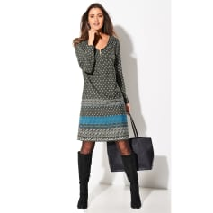 meilleur site web 0d6ec c6625 Robes Blancheporte Femme : Robes jusqu'à -80% - Videdressing