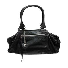 revendeur a4c7b 2aa8a Sacs Balenciaga Femme : Sac luxe jusqu'à -80% - Videdressing