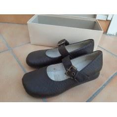 Chaussures à boucle ST. MICHAELS  pas cher