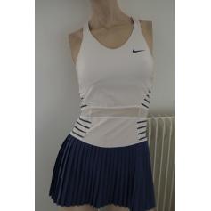 Robe courte Nike  pas cher