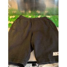 Bermuda Nike  pas cher