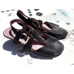 Sandales à talons KICKERS 36 beige 9986631