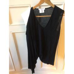 Top, tee-shirt Givenchy  pas cher