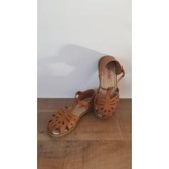 Chaussures à boucle prettydoll  pas cher