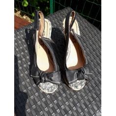 Sandales compensées Closer By Chaussea Femme : Sandales