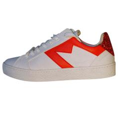 Nike chaussure basket femme 38.5 gris blanc occasion très