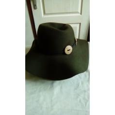 Chapeau P L Depuis 1843  pas cher