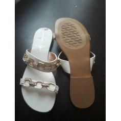 Sandales plates  Tosca Blu  pas cher