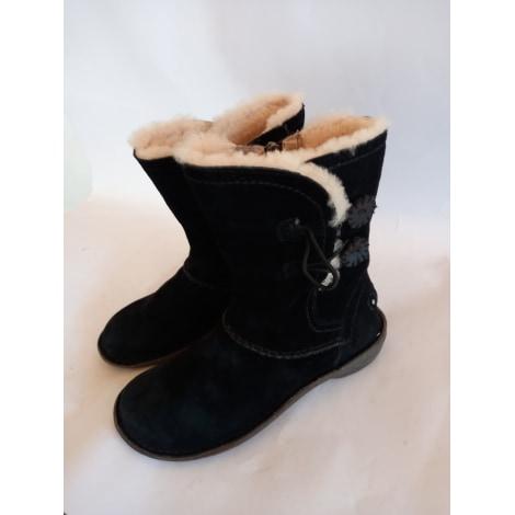 Bottines & low boots plates UGG Noir