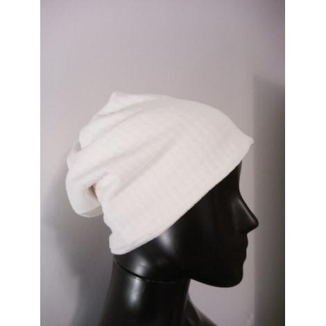 Bonnet MARQUE INCONNUE Blanc, blanc cassé, écru