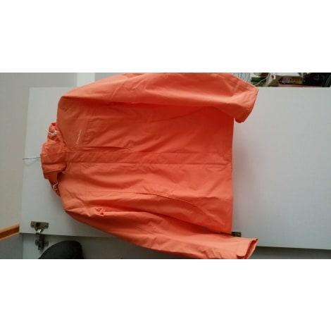 coupe vent quechua 34 xs t0 saumon vendu par addictmode 3967675. Black Bedroom Furniture Sets. Home Design Ideas