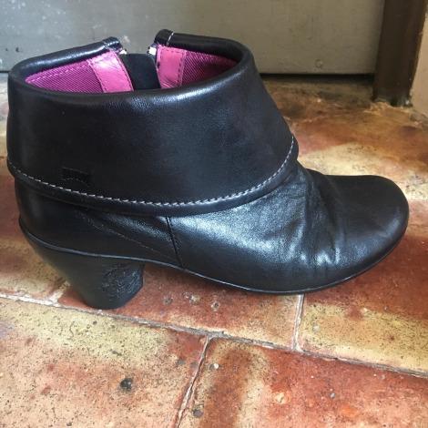 High Heel Ankle Boots CAMPER Black