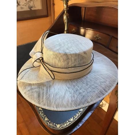 Chapeau de mariage GALERIES LAFAYETTE Blanc, blanc cassé, écru