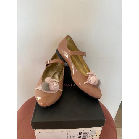 Chaussures à boucle MONNALISA Beige, camel